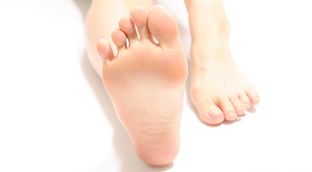足の裏 アルコール除菌 蚊